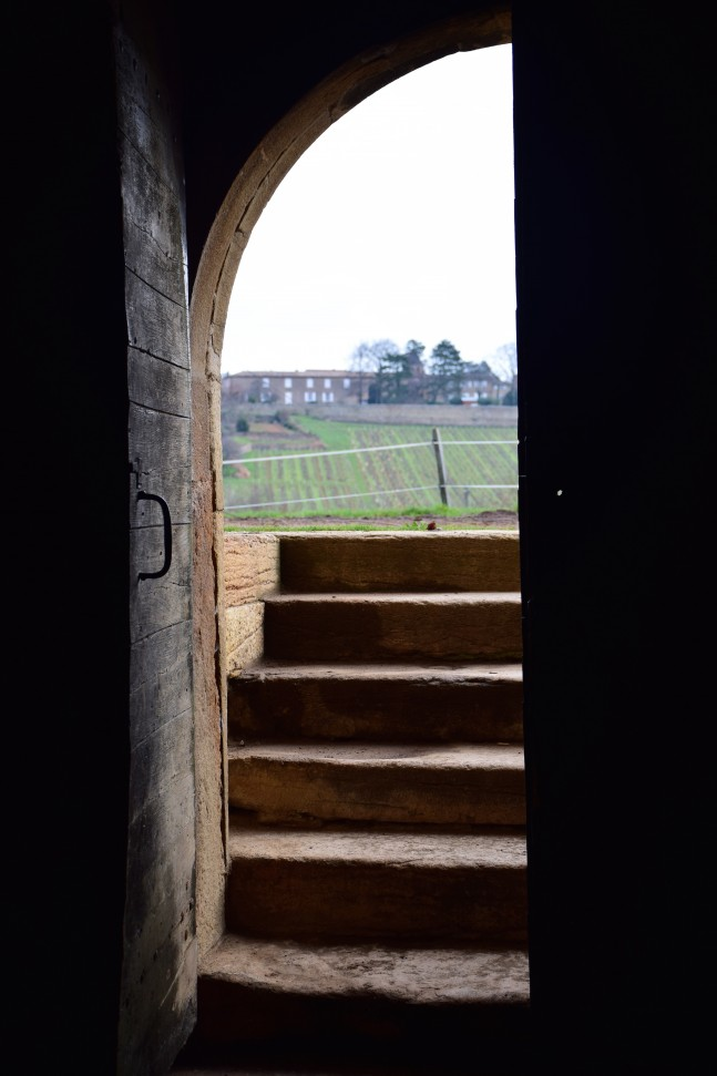 Chateau de Lavernette through door