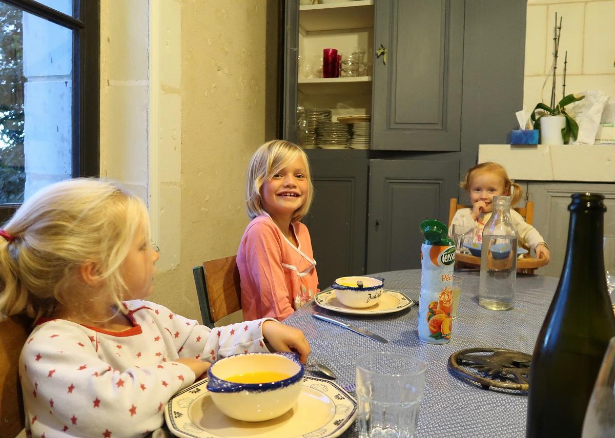Le Rocher des Violettes three daughters